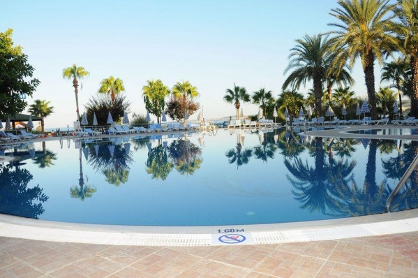 LONICERA RESORT & SPA *****