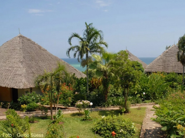Kenya - Leopard Beach Resort & Spa ***** - Mombasa, Diani Beach (Egyéni) ****